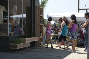 Green Fling a success at the Art Alley and Gaines Street!