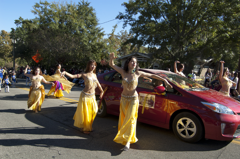 FSU Homecoming Parade, bellydancers association