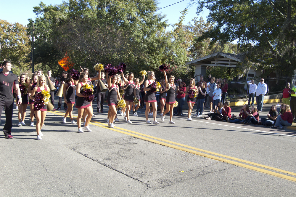 FSU Homecoming Parade, cheerleaders
