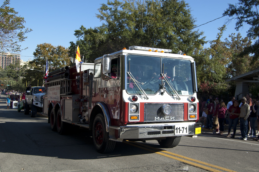 FSU Homecoming Parade, firetruck
